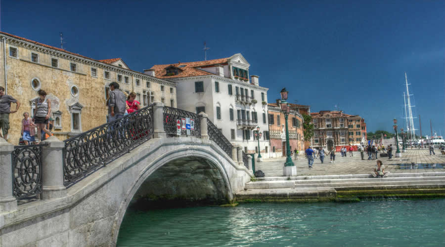 City Break to Venice & Rome